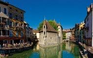 La ville d'Annecy en passe de doubler de taille