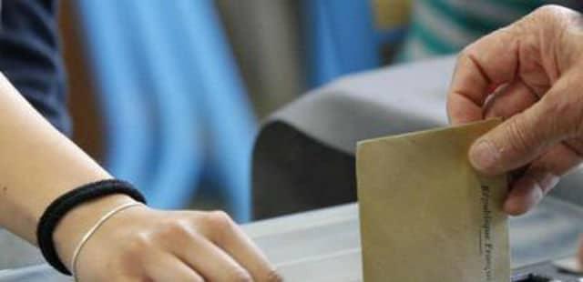 Scrutins locaux : le Sénat rejette le projet de loi créant le binôme homme-femme