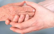 Des préconisations pour lutter contre l'isolement social des personnes âgées