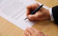 Agent public : le contrat de travail peut-il s'inspirer de conventions collectives relevant du droit du travail?
