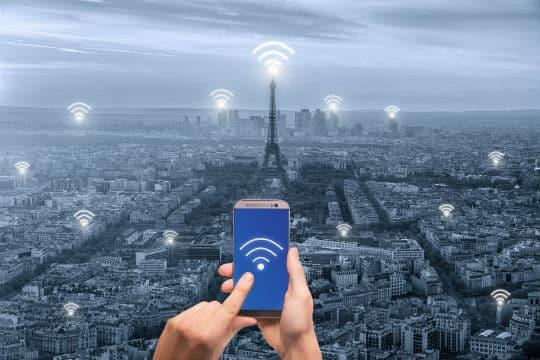 Paris va réduire de 30% l'exposition aux ondes électromagnétiques
