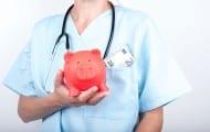 Les médecins vont recevoir environ 4 000 euros de prime sur objectifs
