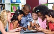 Près d'un tiers des professeurs utilisent des manuels numériques