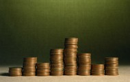 Budget 2015: faible réduction du déficit en vue, malgré l'effort sur les dépenses