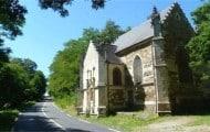 Un rapport préconise un meilleur contrôle du financement des lieux de culte