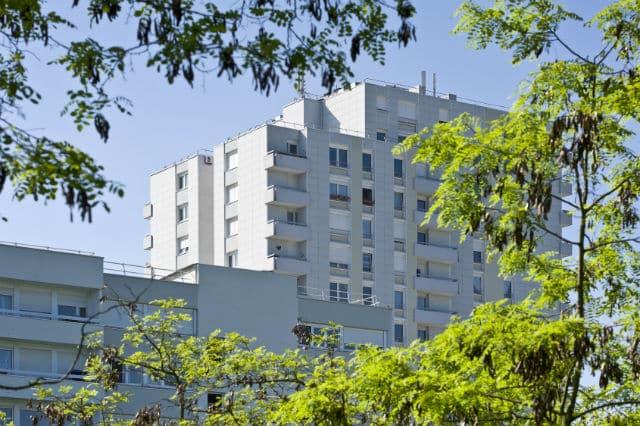 Les gardiens d 39 immeubles hlm conserveront leur logement de - Formation gardien d immeuble ...