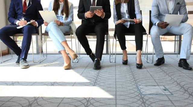 Faciliter le recrutement des jeunes dans la fonction publique