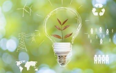 L'application de la loi sur la transition énergétique est trop lente