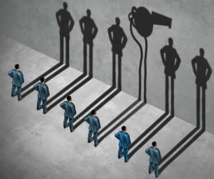 La loi Sapin 2 et le lanceur d'alerte : quelle protection ?