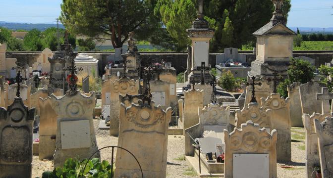Un maire peut-il légalement refuser l'autorisation d'inhumation ?