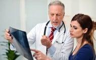 """Santé publique : les primes versées aux médecins """"globalement efficaces"""""""