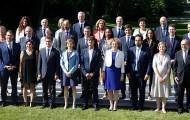 """Gouvernement : de nouveaux ministres et secrétaires d'État resteront non """"spécialisés"""""""