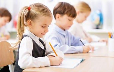 Rythmes scolaires : parution du décret autorisant le retour aux quatre jours d'école