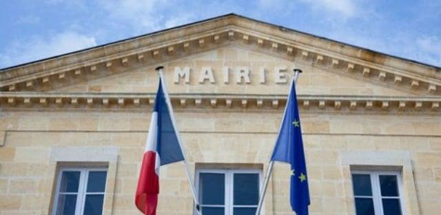 Baisse des APL : « 120 bailleurs sociaux en danger » selon François Baroin