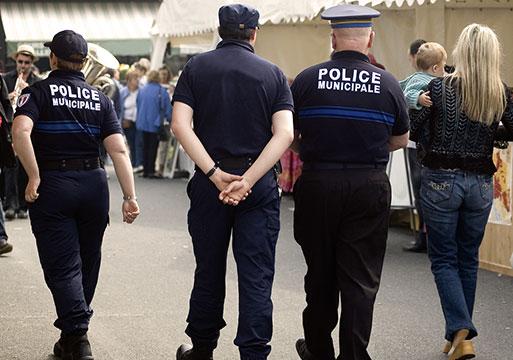 """La police de sécurité du quotidien expérimentée sur une """"quinzaine de sites"""" début 2018 selon la DGPN"""