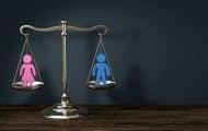 Égalité femmes-hommes : le gouvernement lance une consultation en ligne