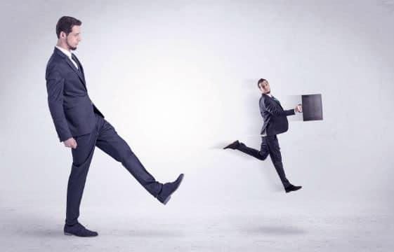 Quelles sont les possibilités d'action des entreprises qui n'obtiennent pas la communication des motifs du rejet de leur offre ?