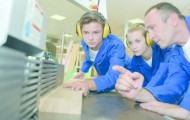 Les écoles de production, alternative à l'apprentissage, veulent prendre leur essor