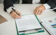 Contrats avec l'État : 11 collectivités signent avec de petites réserves