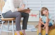 Comment s'occuper d'un enfant autiste ? Des vidéos qui dédramatisent