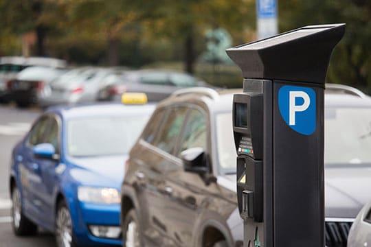 Stationnement à Paris : près de 5000 amendes illégales selon la ville