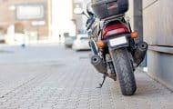 Val-de-Marne : stationnement payant pour motos et scooters dans deux communes, une première en France