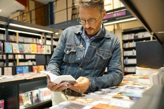 Les parlementaires souhaitent renforcer le soutien des collectivités aux librairies indépendantes labellisées