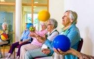 """Des propositions pour éviter la """"ghettoïsation"""" des personnes âgées"""
