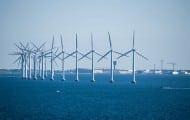 Éolien en mer : les six projets confirmés, baisse du soutien public de 15 milliards d'euros selon Emmanuel Macron
