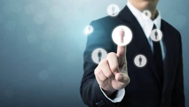 Fonction publique : le gouvernement va ouvrir les emplois de direction aux contractuels