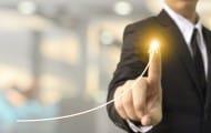Comment faire face à un dépassement des sommes dues à un sous-traitant pour des travaux supplémentaires ?