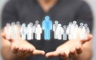 """Fonction publique : le gouvernement veut des agents """"au niveau le plus proche"""" des gens"""