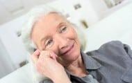La Fondation Médéric Alzheimer propose un programme d'action pour améliorer les conditions de vie des personnes atteintes de la maladie d'Alzheimer.