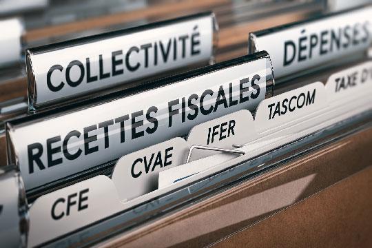 Les impôts et cotisations ont dépassé les 1000 milliards d'euros en France