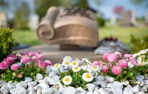Pompes funèbres : un business qui prospère dans l'ombre