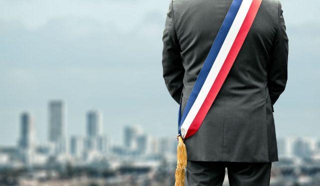 Petites villes : dix mesures pour favoriser les vocations d'élu local