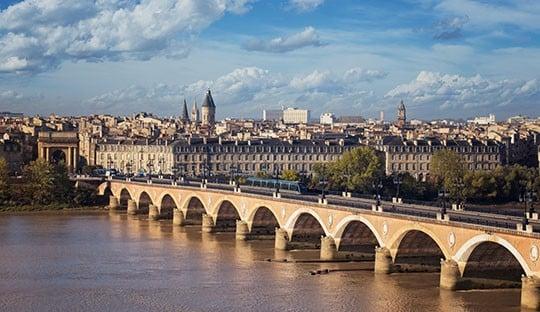 Alain Juppé renonce à la fusion département et métropole de Bordeaux