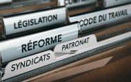 Le gouvernement défend ses réformes du travail