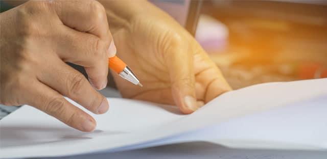 L'acheteur peut reprendre l'analyse des offres en cas d'irrecevabilité de la candidature du titulaire pressenti
