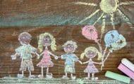 Le gouvernement lance une concertation pour améliorer le sort des enfants placés