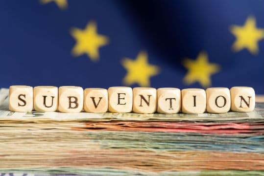 Réduction d'une subvention européenne pour non respect d'obligations de publicité et de mise en concurrence