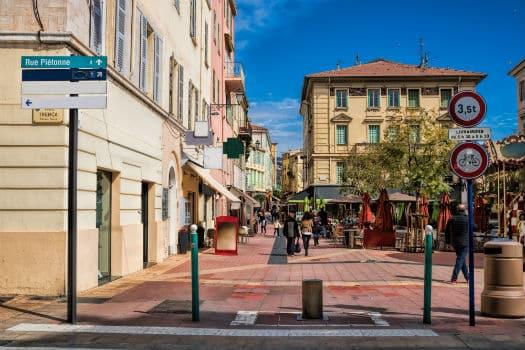 Revitaliser les centres villes pour répondre à la demande de proximité