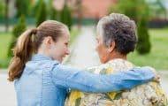 Personnes âgées : les syndicats réclament la création de 40 000 postes dès 2019