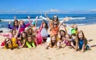 Les CAF aident les jeunes et les familles à partir en vacances