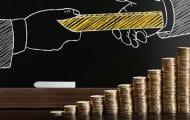 Fonctionnaires : Olivier Dussopt précise la prime de précarité sur les contrats courts