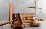 Quelles sont les conditions juridiques pour qu'une association soit qualifiée de pouvoir adjudicateur ?