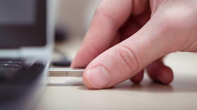 L'absence de remise d'une copie numérique exigée rend l'offre irrégulière