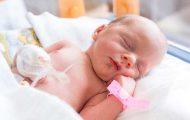 Un nouveau congé paternité pour les pères de bébés prématurés ou hospitalisés