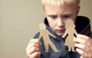 Un rapport parlementaire avance des pistes pour mieux prendre en charge les enfants placés