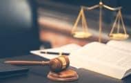 Une offre ne peut être jugée au regard de considérations relatives aux prestations fournies à l'occasion de l'exécution d'un précédent marché
